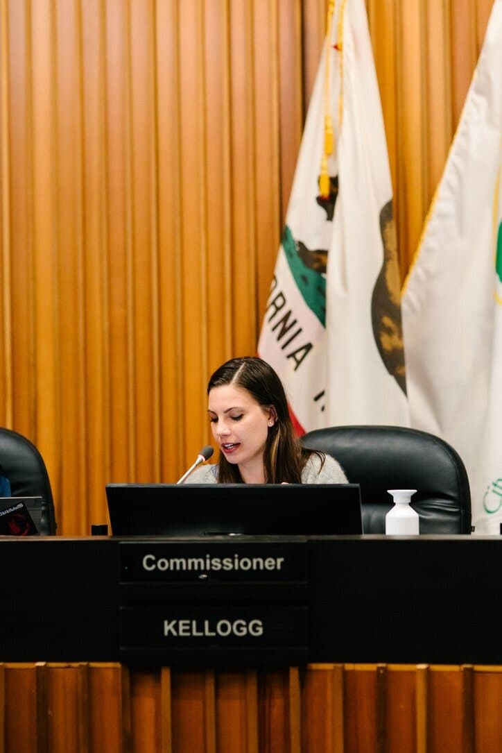 Get involved with local government, Kathryn Kellogg on the beautification commission | 8 Things I Wish I Knew BEFORE Going Zero Waste from www.goingzerowaste.com #zerowaste #ecofriendly #gogreen #sustainable #zerowasteliving