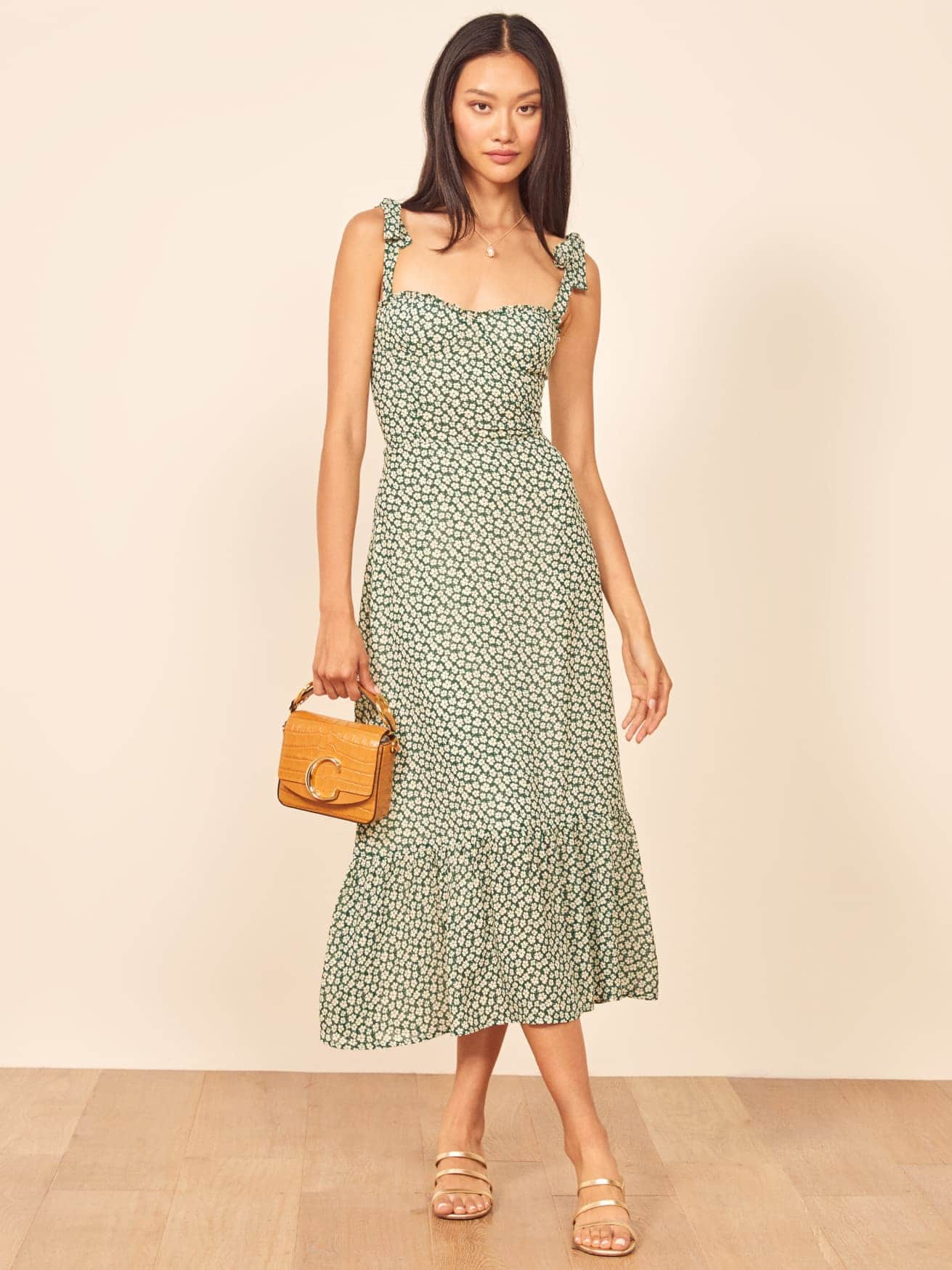 Reformation sustainable fashion summer dresses