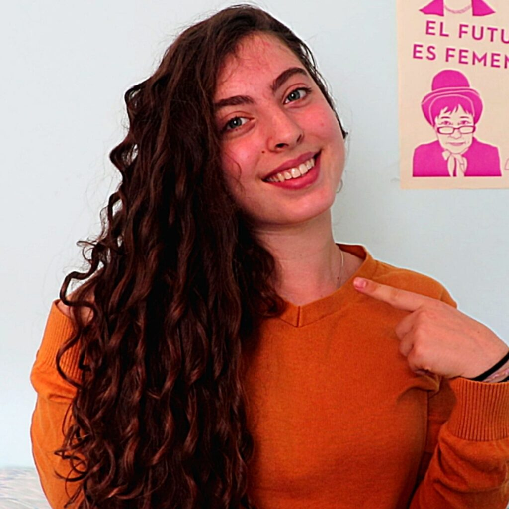 Miriam creator of zero waste curls a YouTube channel dedicated to zero waste curly hair.