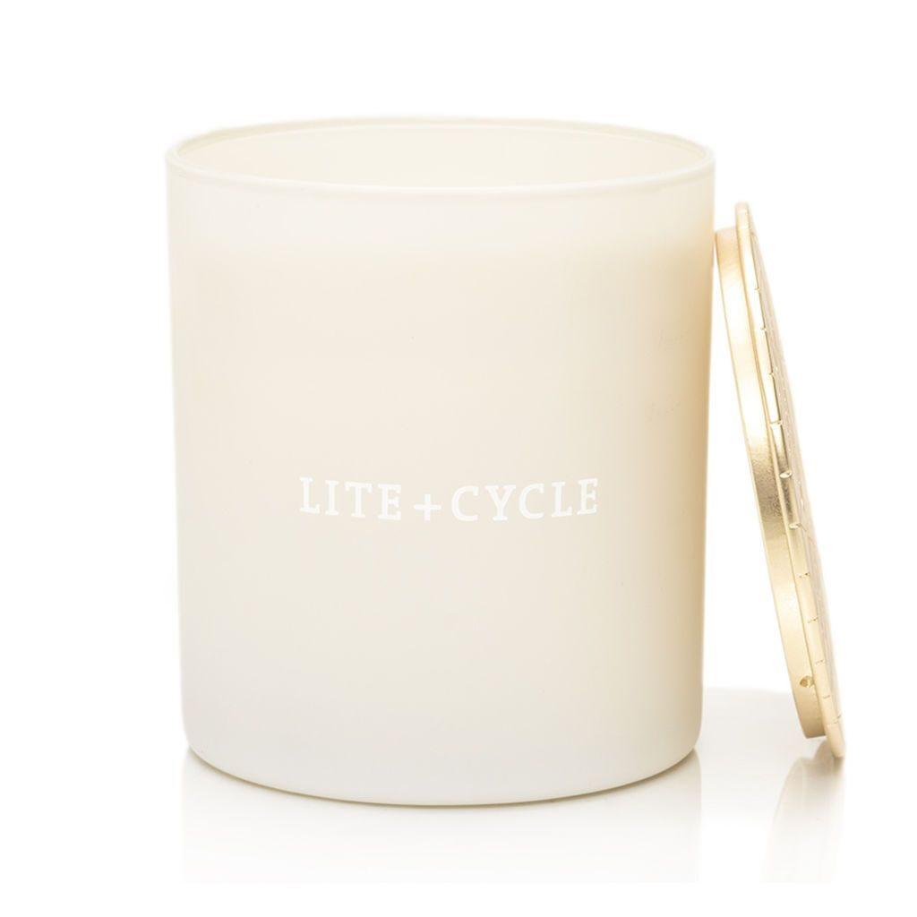 herbivore eco-friendly, zero waste, non-toxic candles in pretty jars